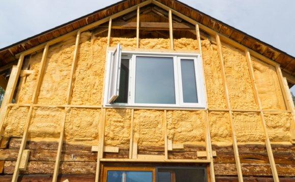 Чим утеплити дерев'яний будинок