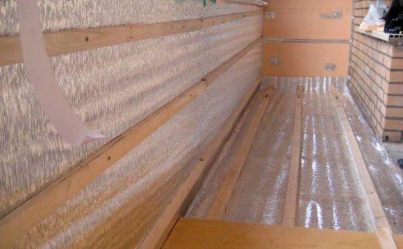 чим краще утеплювати балкон