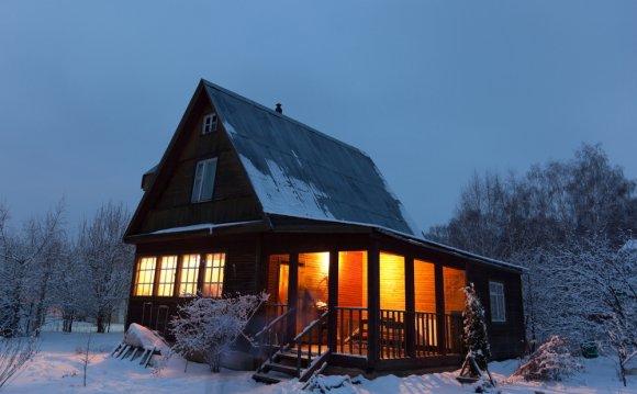 Как утеплить дачный дом быстро