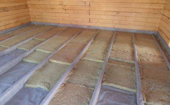 Як утеплити підлоги в дерев'яному