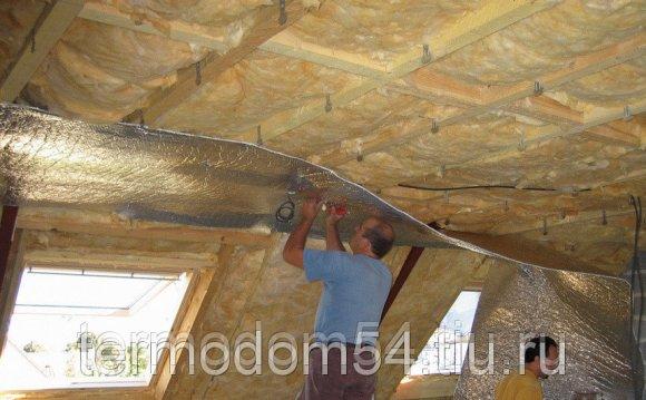 Как утеплять потолок дома