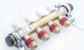 Місцева регулювання температури в петлях здійснюється за допомогою термостатів, що встановлюються на розподільчих колекторах.