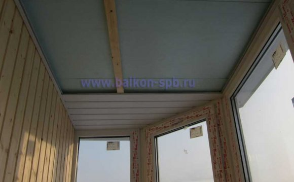 Потолок из пластика на балконе своими руками 80