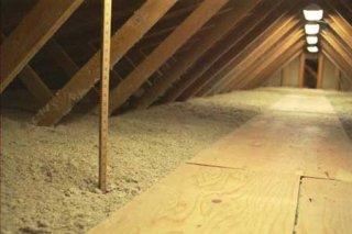 Утеплення стелі керамзитом: тонкощі і можливі проблеми