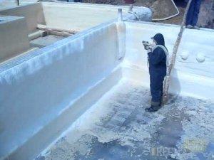Утеплення стін підвалу зсередини пінополіуретаном