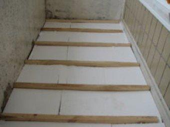утеплюємо підлогу балкона